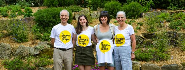 2B Team photo with #chooselandscape tshirts on